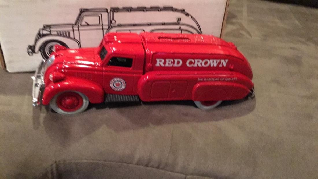 1939 airflow tanker bank Redcrown in mint - 2