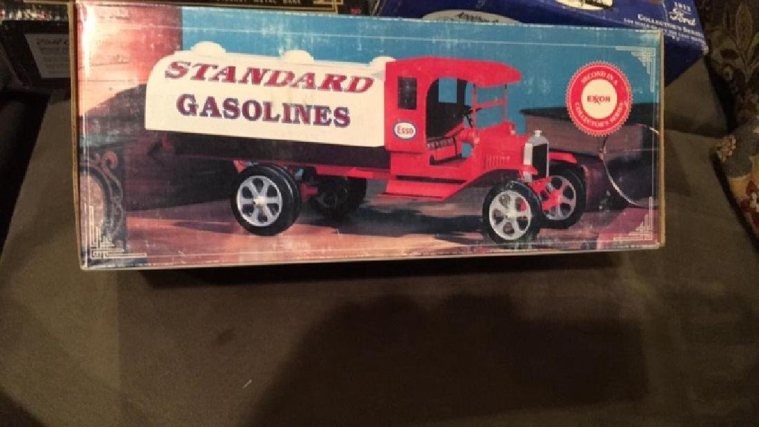 Standard gasolines Esso special limited-edition