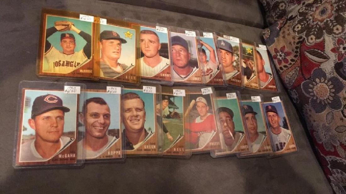 Lot of 1619 62 tops vintage baseball cards rookie