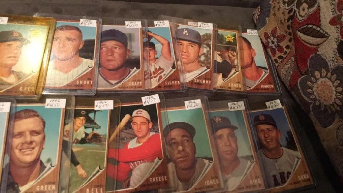 Lot of 1619 62 tops vintage baseball cards rookie - 4