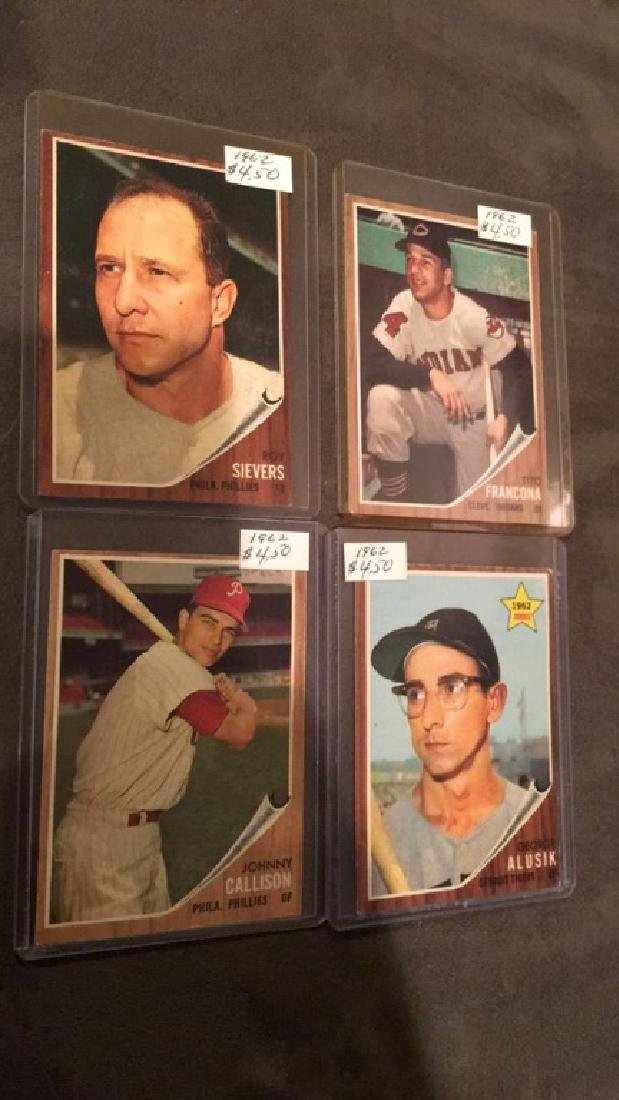 Lot of 419 62 tops cards with stars