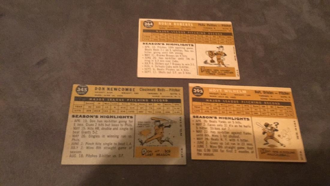 1960 Topps Hoyt Wilhelm Don Newcombe and Robin - 5