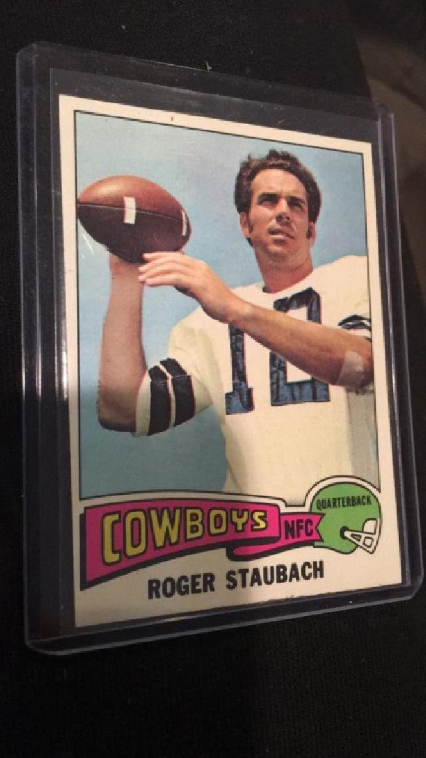 1975 tops Roger Staubach in nice condition
