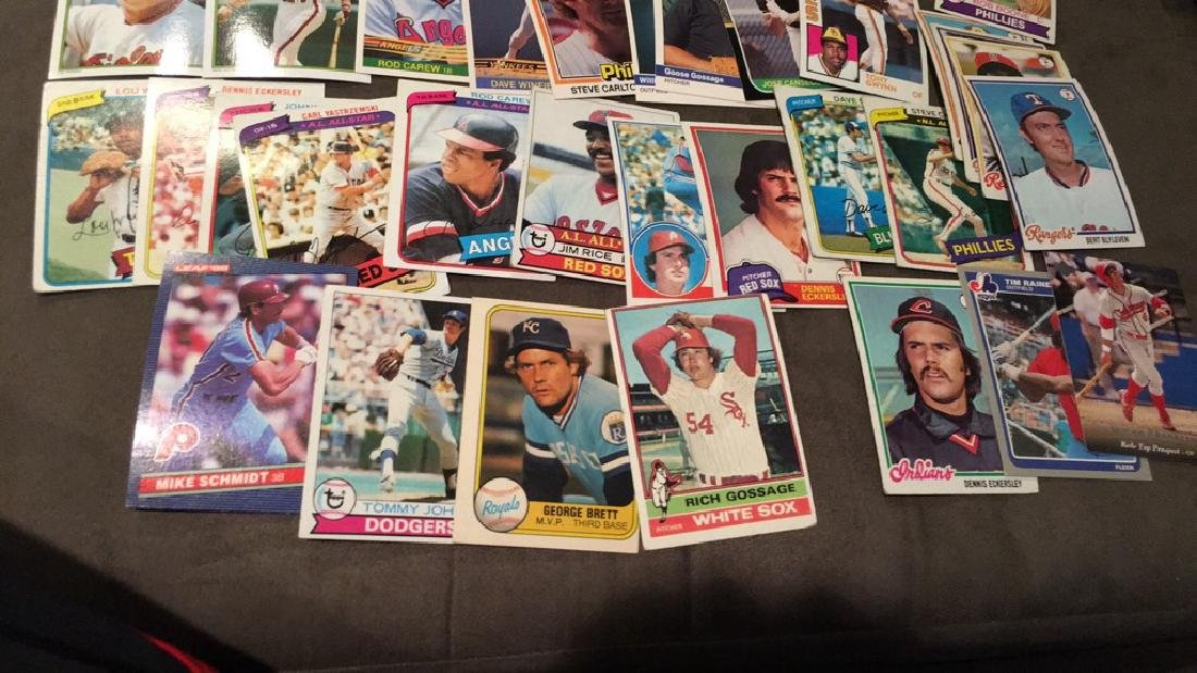 Huge vintage baseball card lot filled with Hall - 2