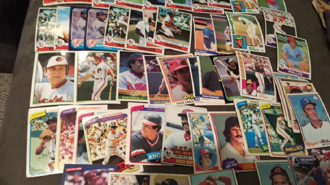 Huge vintage baseball card lot filled with Hall - 3