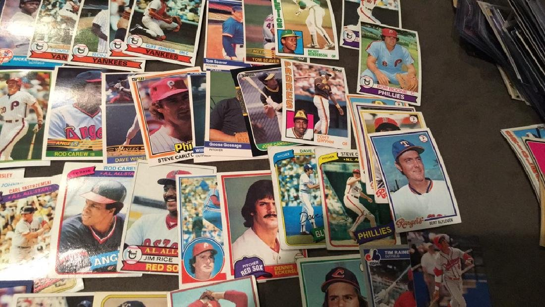 Huge vintage baseball card lot filled with Hall - 4