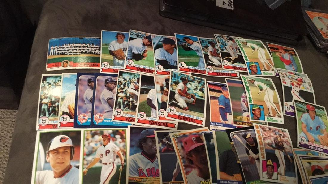 Huge vintage baseball card lot filled with Hall - 5