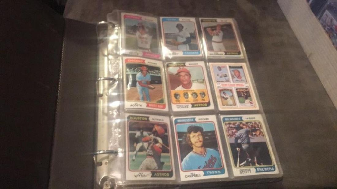 1974 Topps Near Complete starter set in a - 2