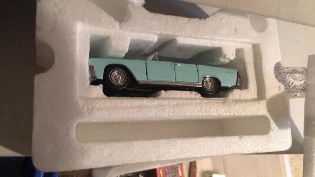 Franklin mint vintage 1961 Lincoln convertible