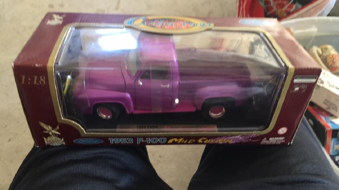 Ford 1950 3F 100 mild custom purple pick up truck