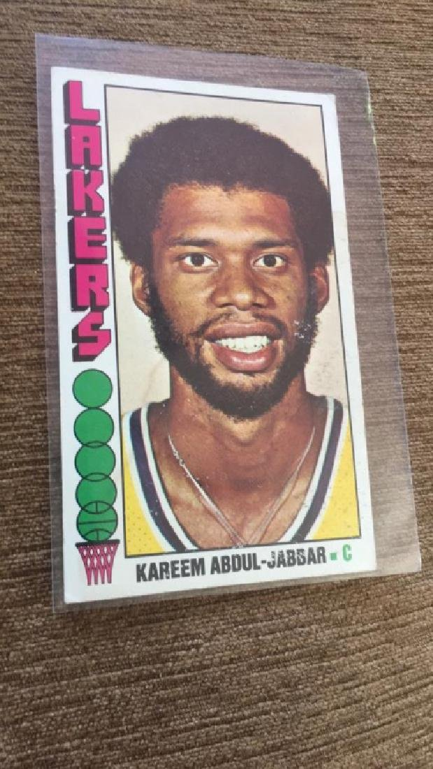 1976-77 Topps Basketball Kareem Abdul Jabbar