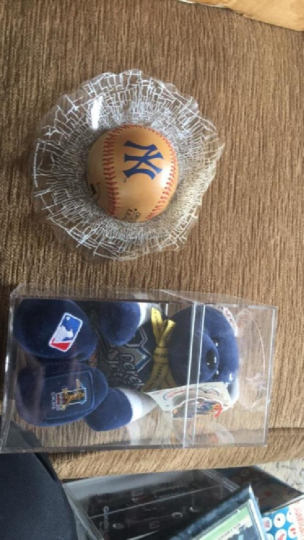 Derek Jeter team ML bear really nice condition in