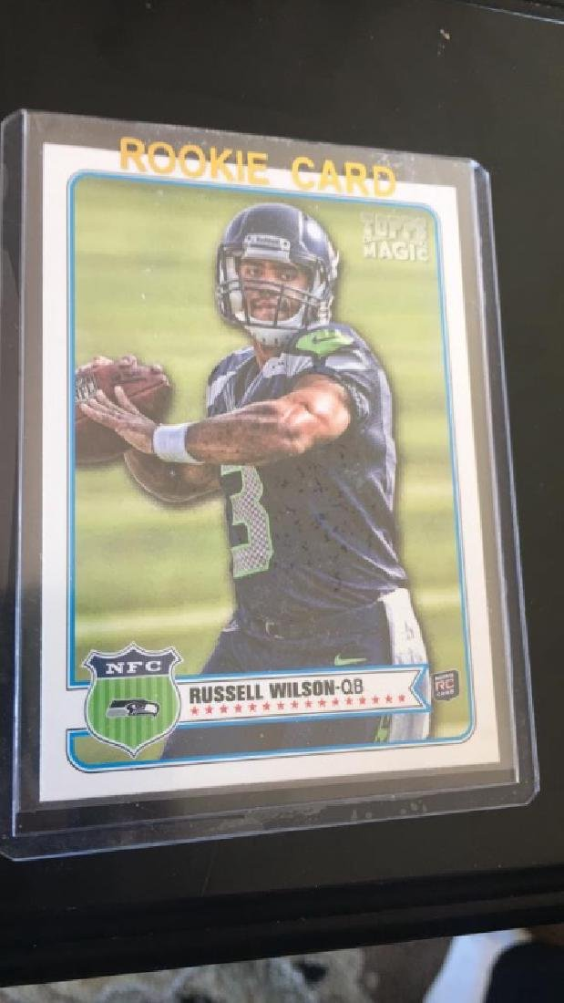 Russell Wilson 2012 tops magic rookie