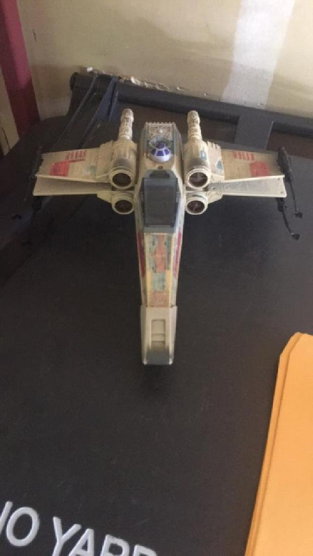 Star Wars 1995 Jet with R2-D2