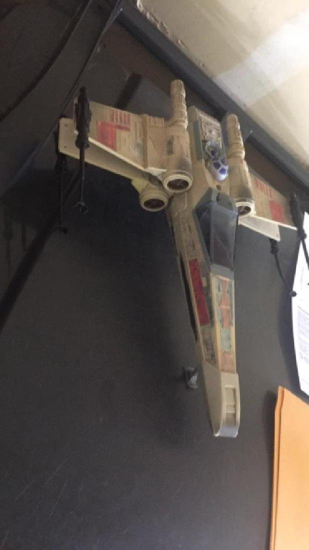 Star Wars 1995 Jet with R2-D2 - 3