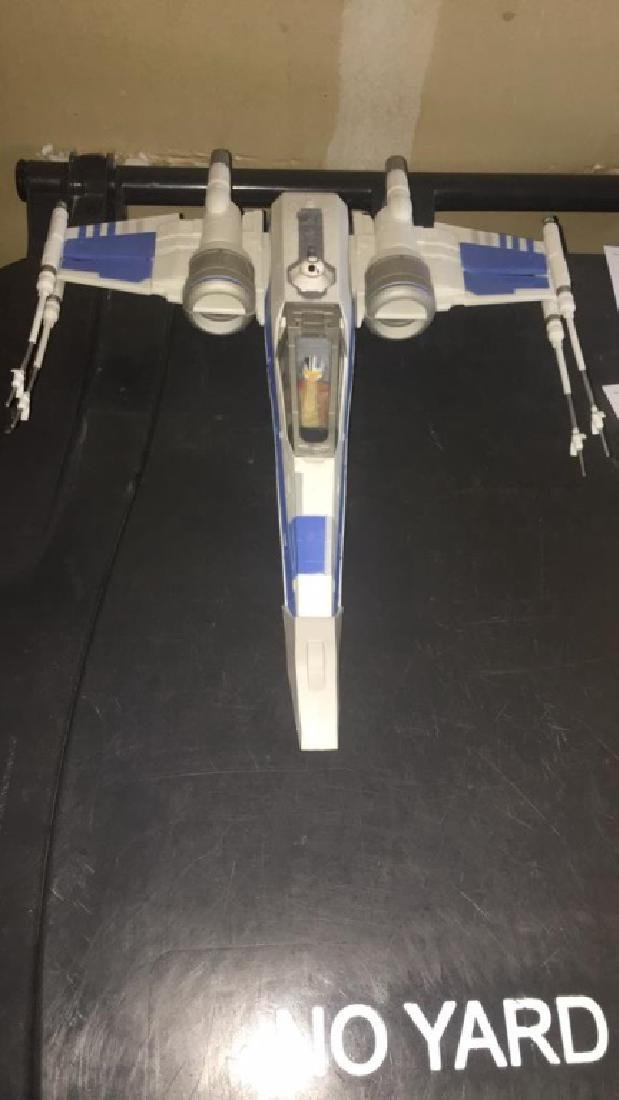 Star Wars Jet 2015 with two figures - 2