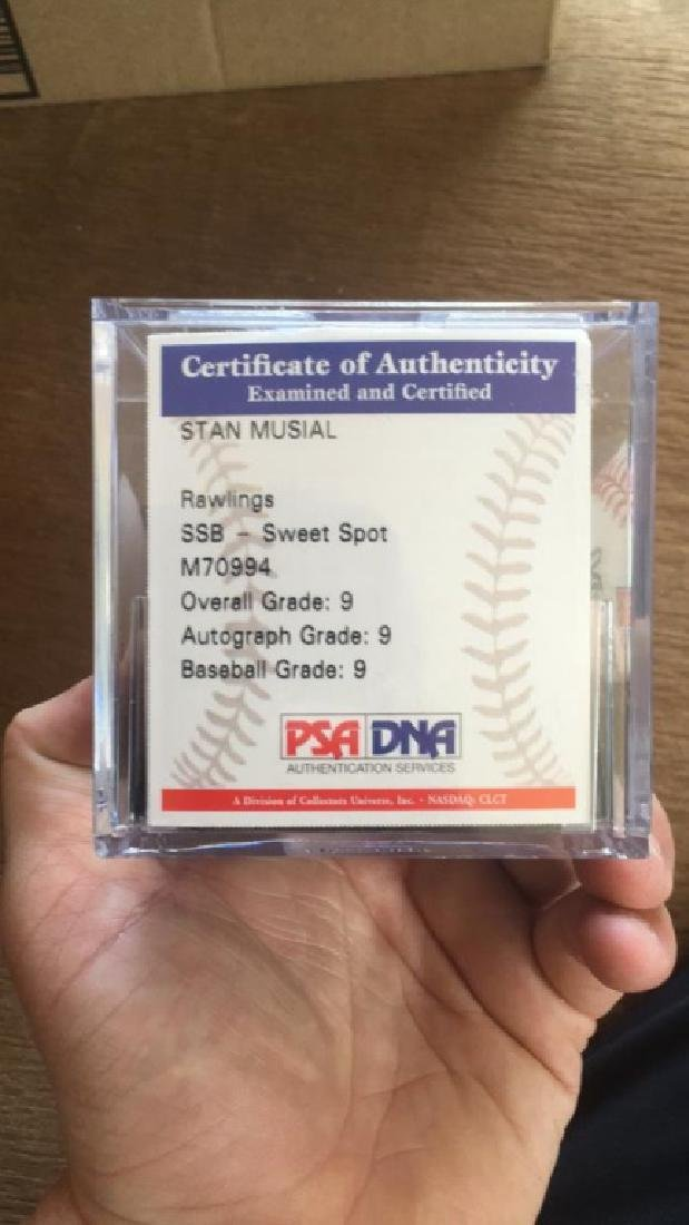 Stan usual autograph ball PSA DNA authentication - 2
