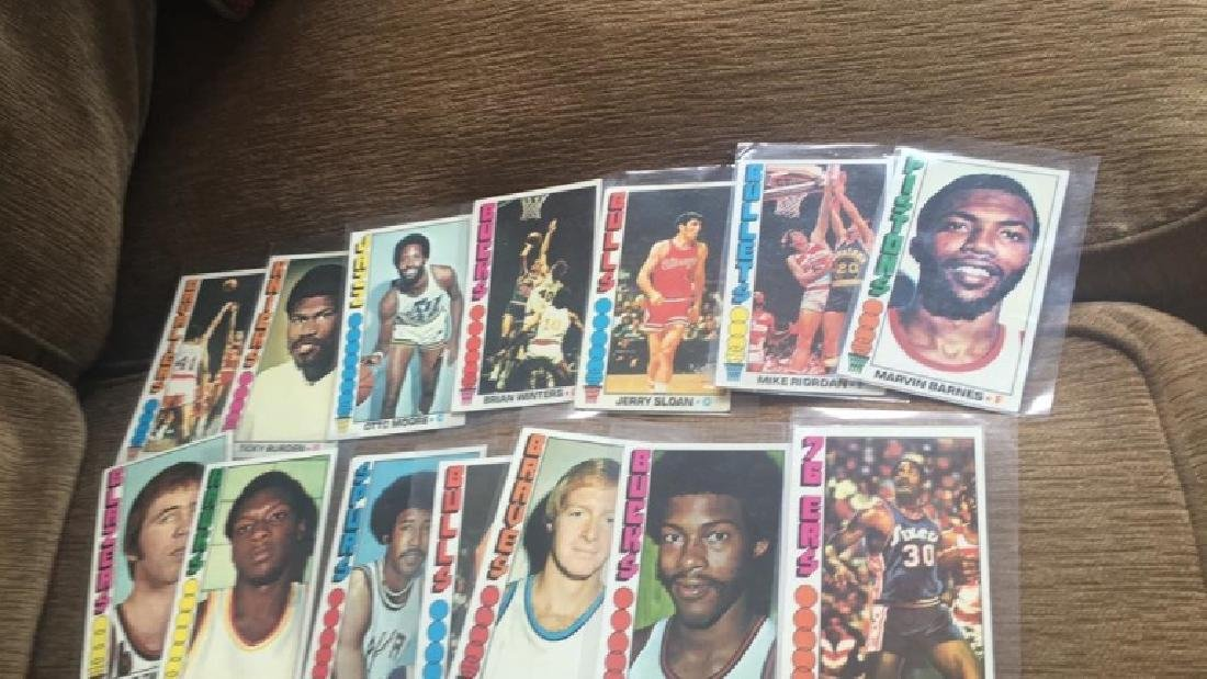 Lot of 23 1976-77 Topps basketball cards with - 2