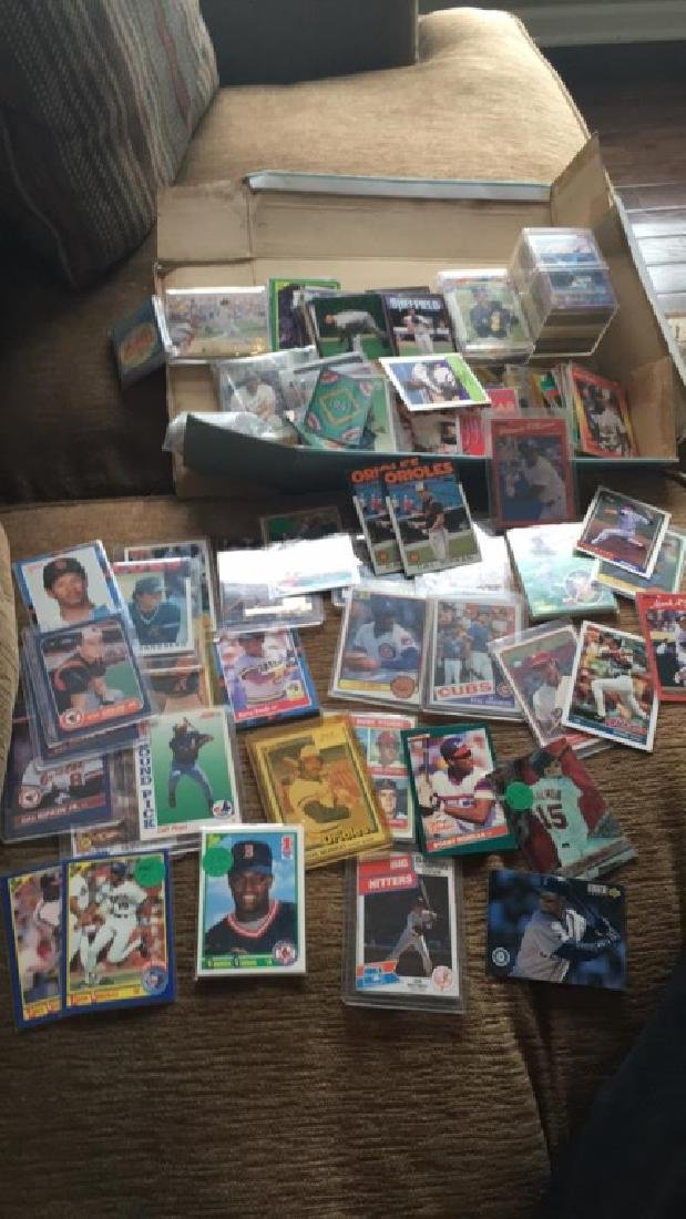 Huge shoebox full of baseball cards loaded with