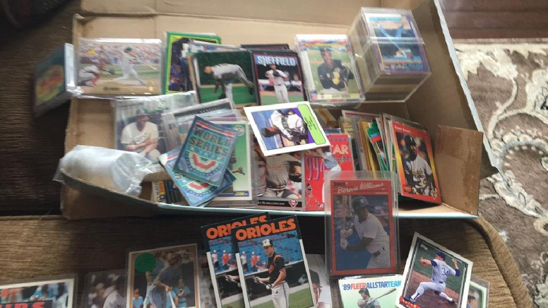 Huge shoebox full of baseball cards loaded with - 5