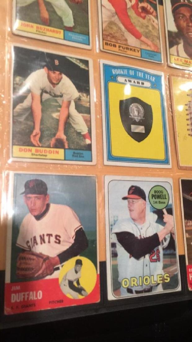 Vintage baseball card lot mixed years from the - 2