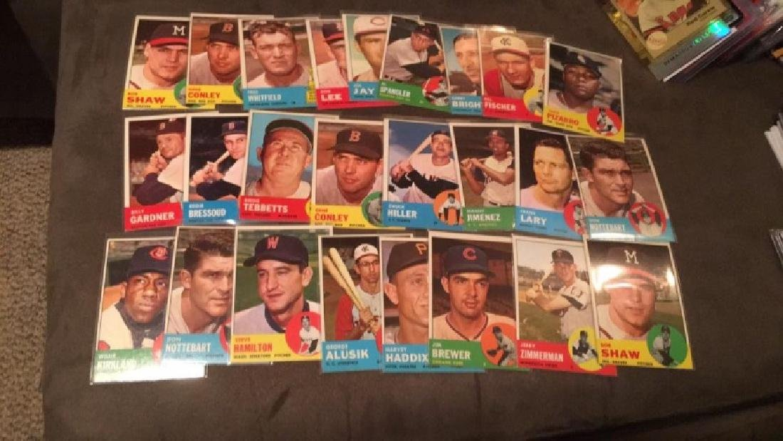 Lot of 25 1963 tops cards in near meant to