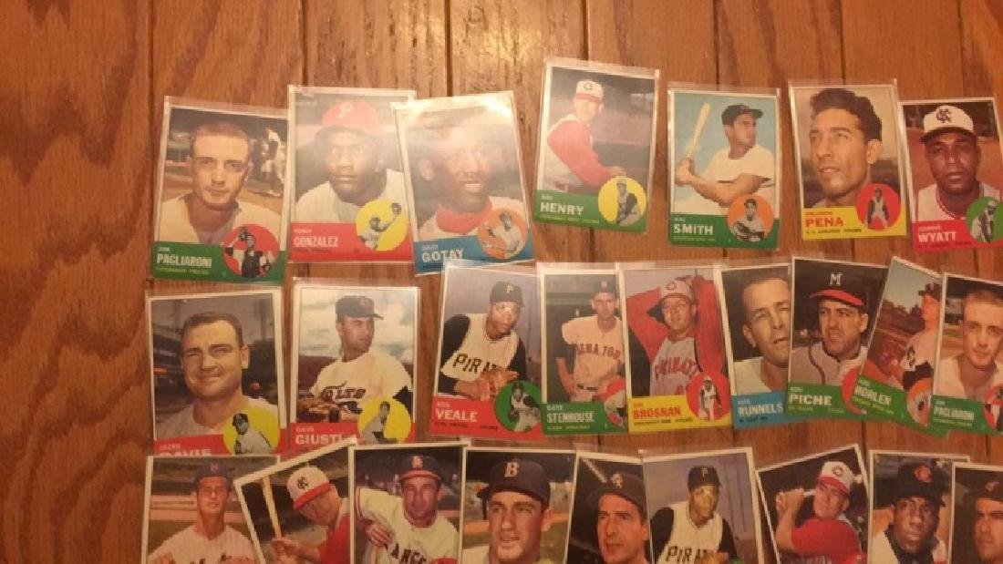 40 1963 Topps vintage Baseball card lot with Jim - 5