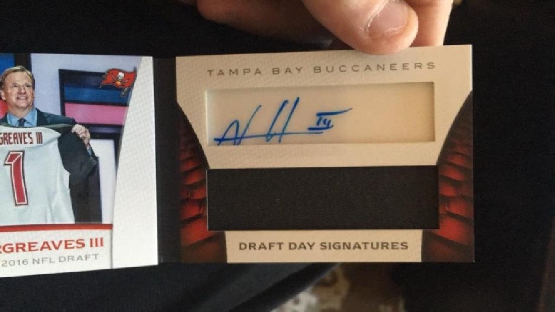 Vernon Hargreaves 2016 Limited booklet auto patch - 3