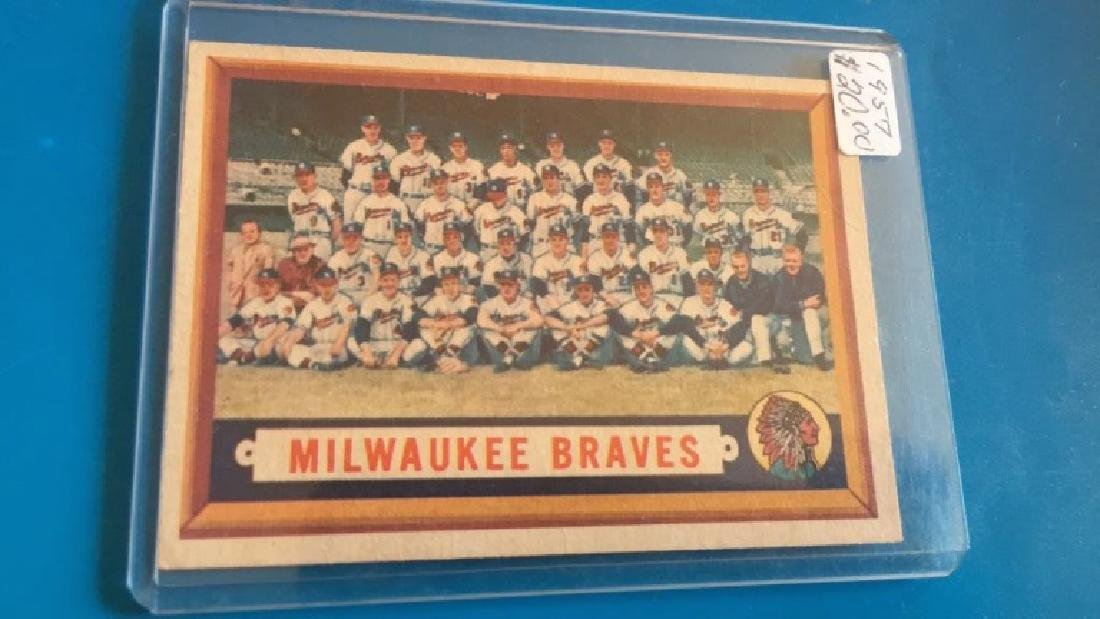 Milwaukee Braves 1957 Topps team card