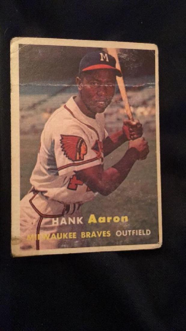 1957 topps Hank Aaron high book value vintage - 3