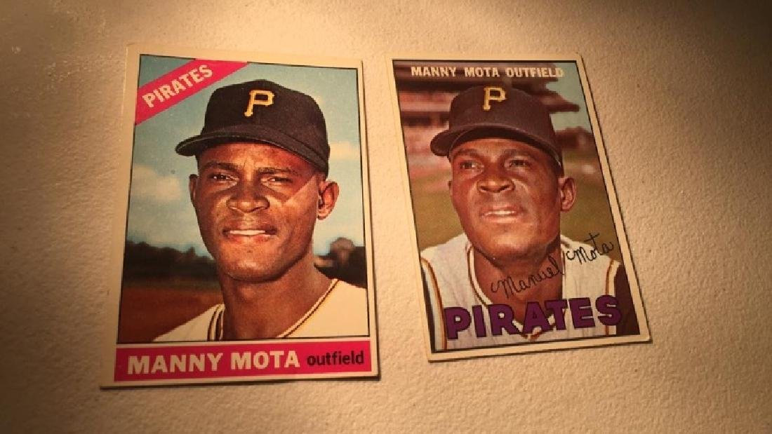 Manny Mota 1966 and 1967 Topps