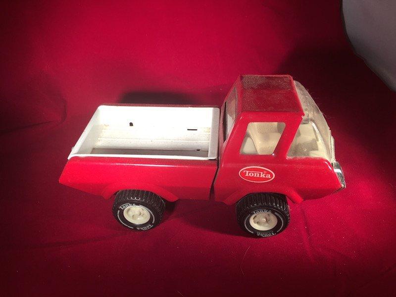 Vintage red Tonka Metal truck
