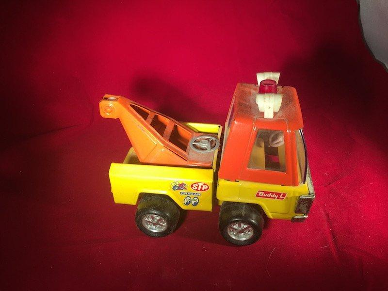 Vintage buddy L Cragar truck
