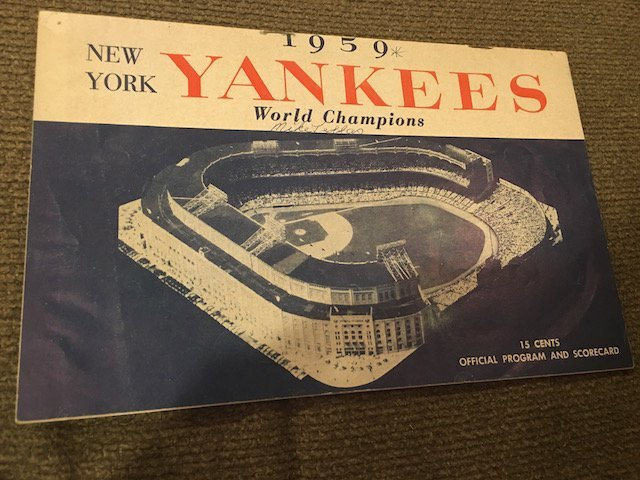 VINTAGE NY YANKEES 1959 OFFICIAL PROGRAM / SCORECARD
