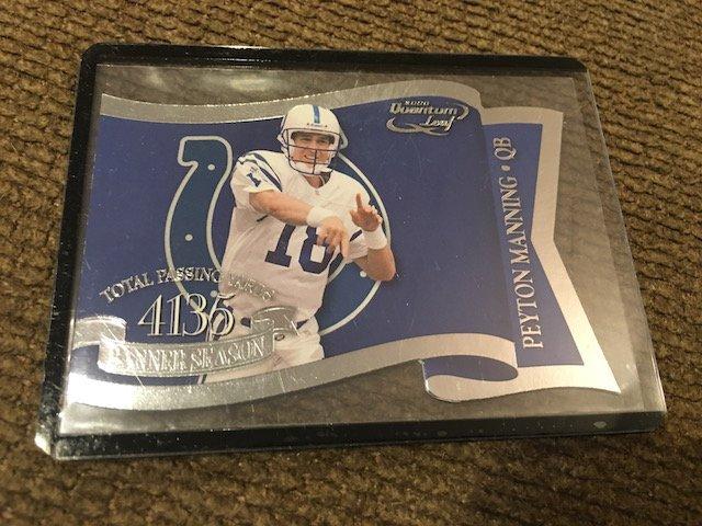 Peyton Manning 2000 Quantum Leaf Banner Season Die Cut
