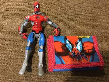 Spiderman 2003 Toy biz Action Figure and Wallet Lot