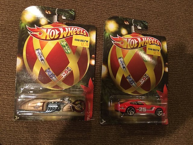Hot Wheels 3+ Pit Cruiser Set with Motorcycle, Car