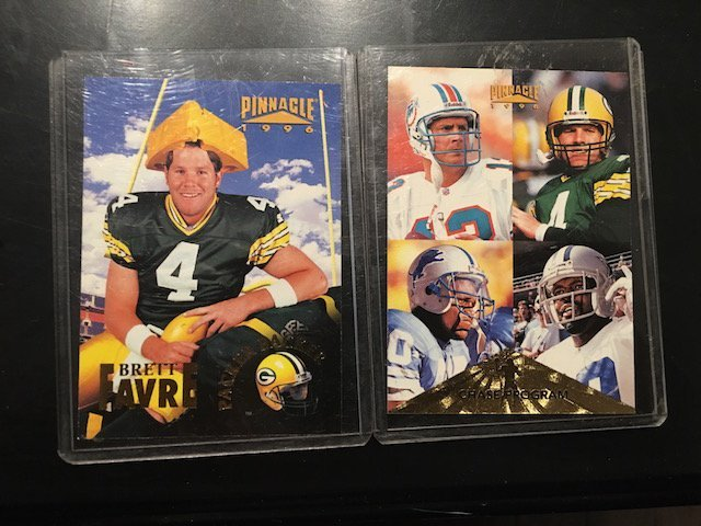 Pinnacle Football Favre cheesehead and chase program
