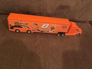 Dale Earnhardt Jr. Diecast  Looney tunes  Semi Truck