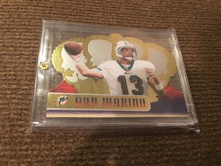 Dan Marino 1999 Crown Royale #75