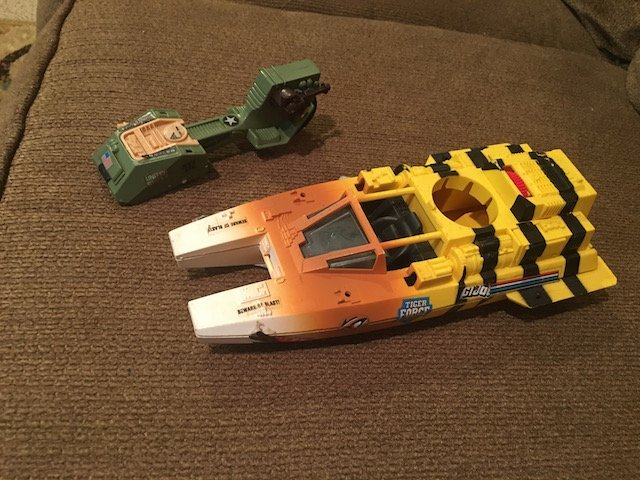 Vintage 1984 GI Joe Tiger Force Tiger Shark Boat Hasbro