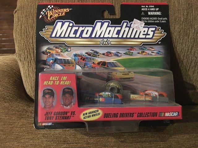 Micro Machines Winner's Circle Jeff Gordon vs Tony