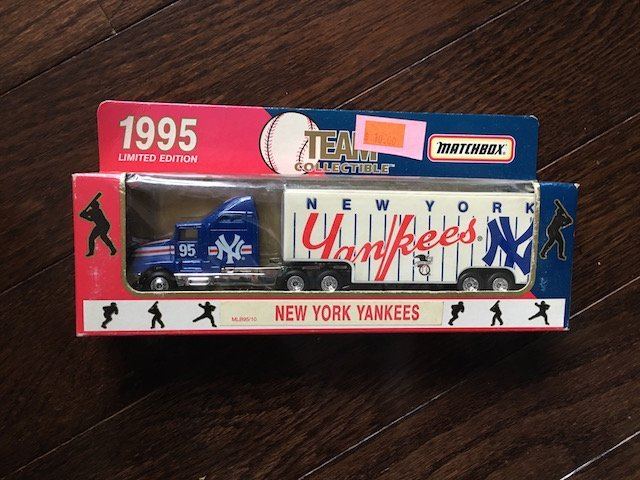 New York Yankees 1995 Matchbox Truck