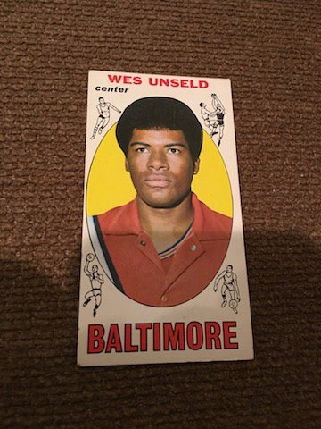 Wes Unseld 1969-70 Topps RC Vintage Basketball card