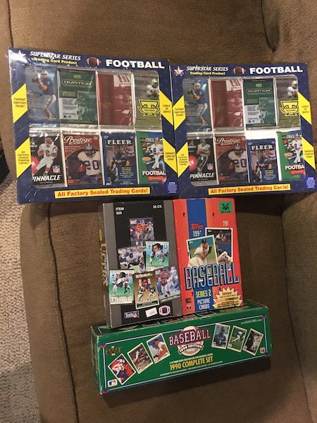 Sports Card Lot: Unopened Football Packs,1998 Packs