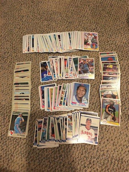 Vintage Baseball card Lot over 150 Cards