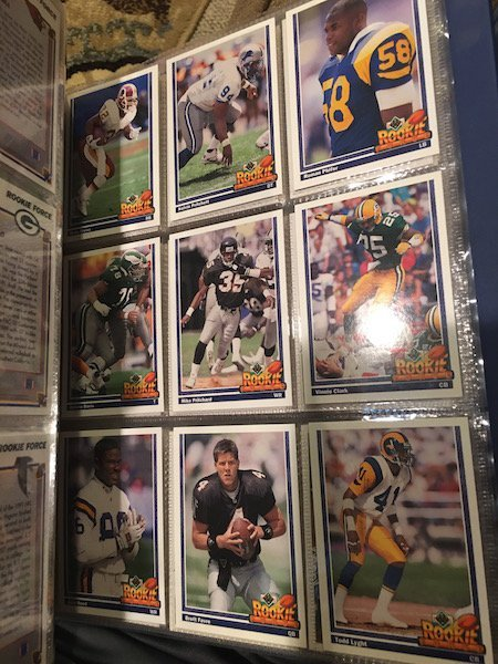 1991 Upper Deck Football Set 2 Favre Rcs and 1995 Score - 6
