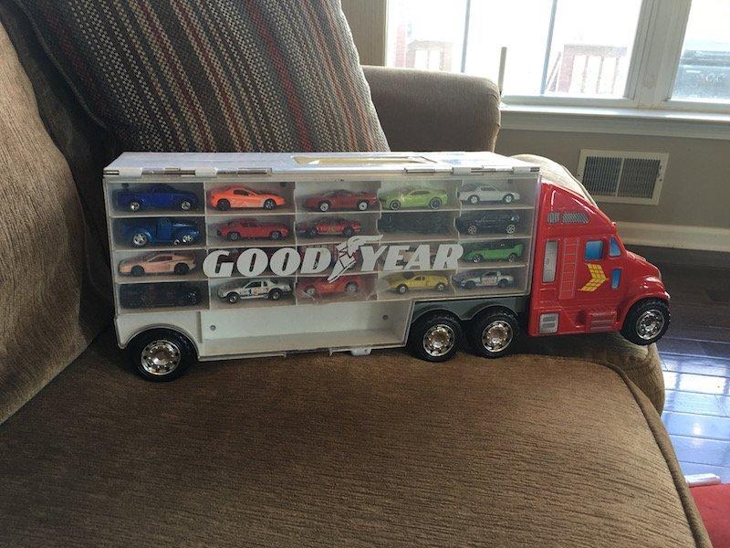 Matchbox hot wheels Good Year Semi Car & Truck Display - 4