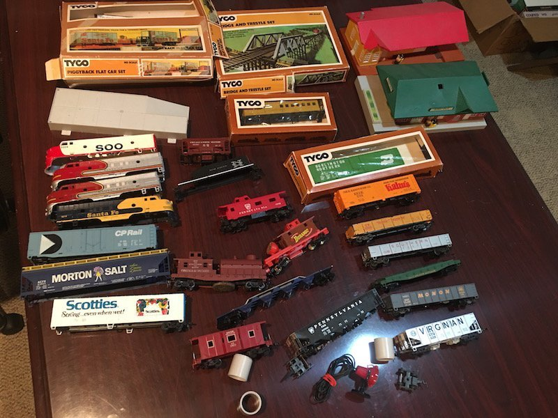 Large HO Scale Train Lot with Train Houses and