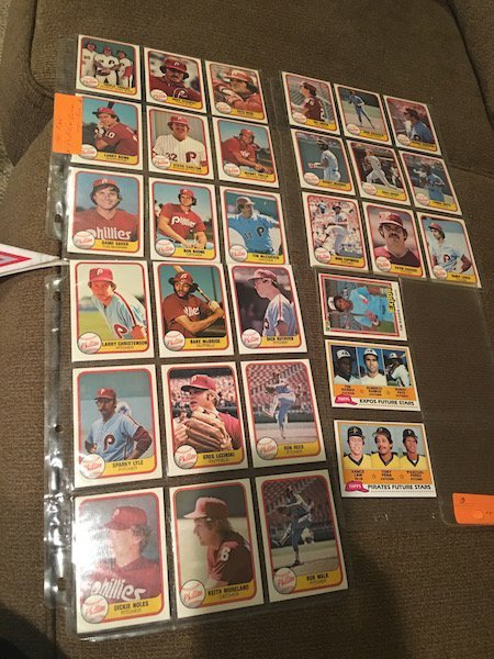 Lot of 1981 Donruss Phillies Lot and Tim Raines RC Lot